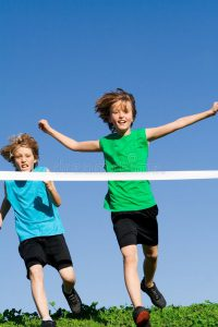 healthy-children-running-race-4092069